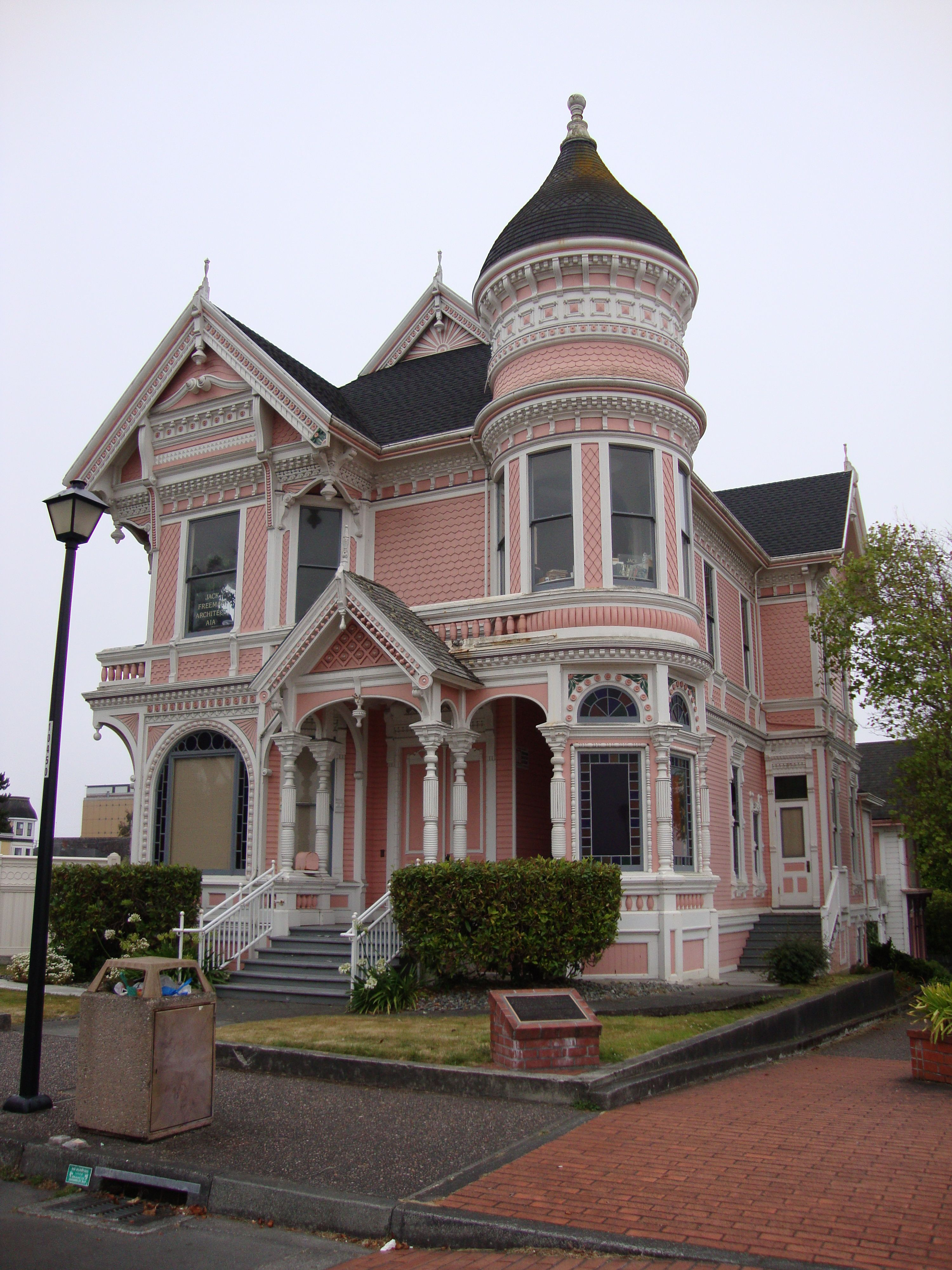 Humboldt Gingerbread Victorian House Victorian And House