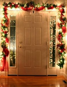 easy christmas decorations anyone can master inside front doorsfront also rh pinterest