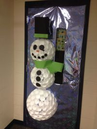 Snowman door decoration out of foam cups with instructions ...