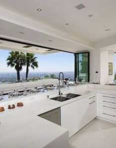 Beyonce  jay  were outbid on beverly hills mansion also rh pinterest