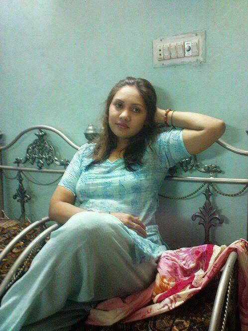 Stani Beautiful Desi Girls Bedroom Hot Pictures