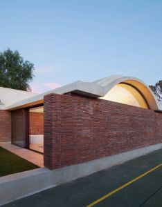 Iv house designed by mesura is an ambitious work marked its long period of design and building from the also casa rh pinterest
