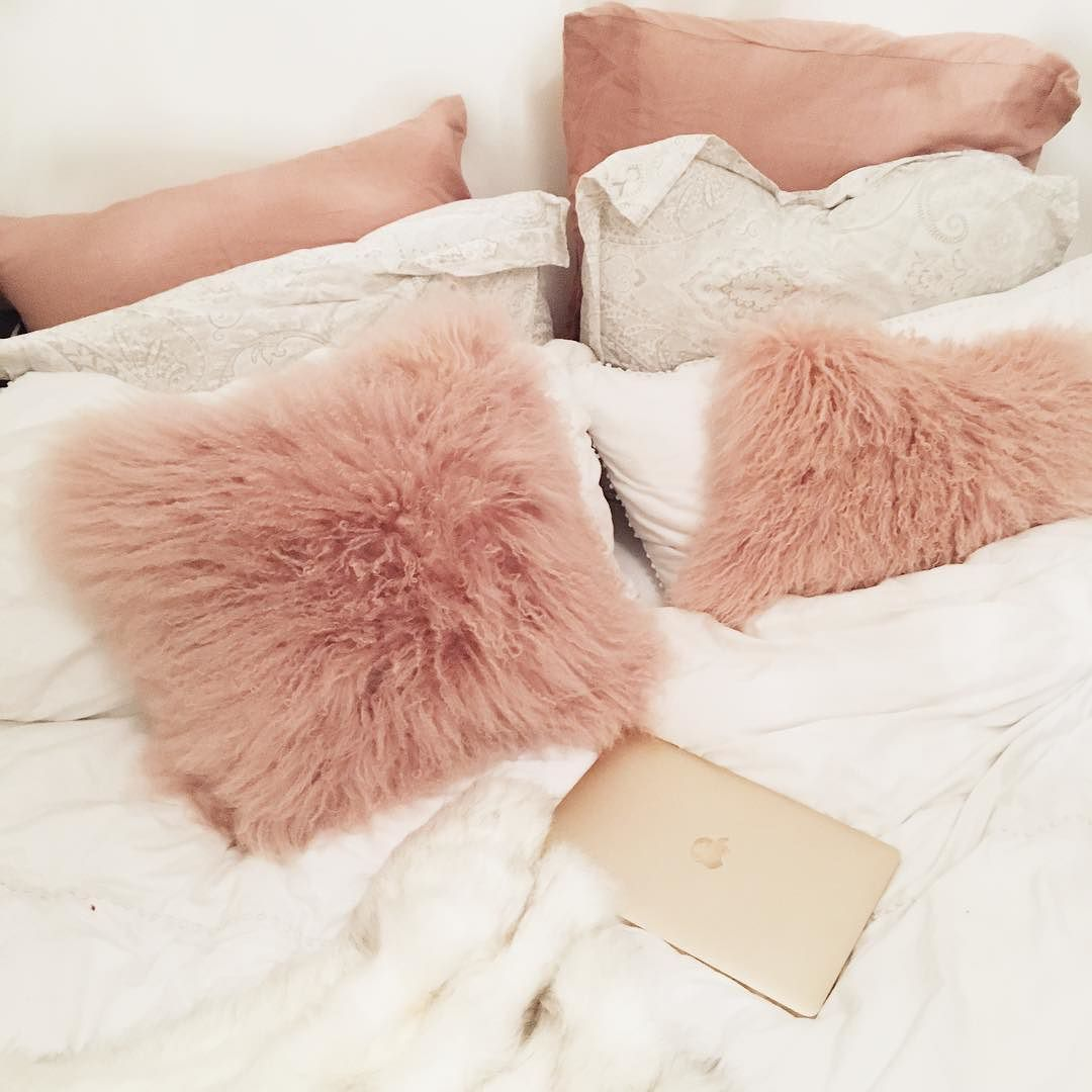 white fluffy sofa cushions seat pad covers why do messy beds always look the cosiest i n s t a