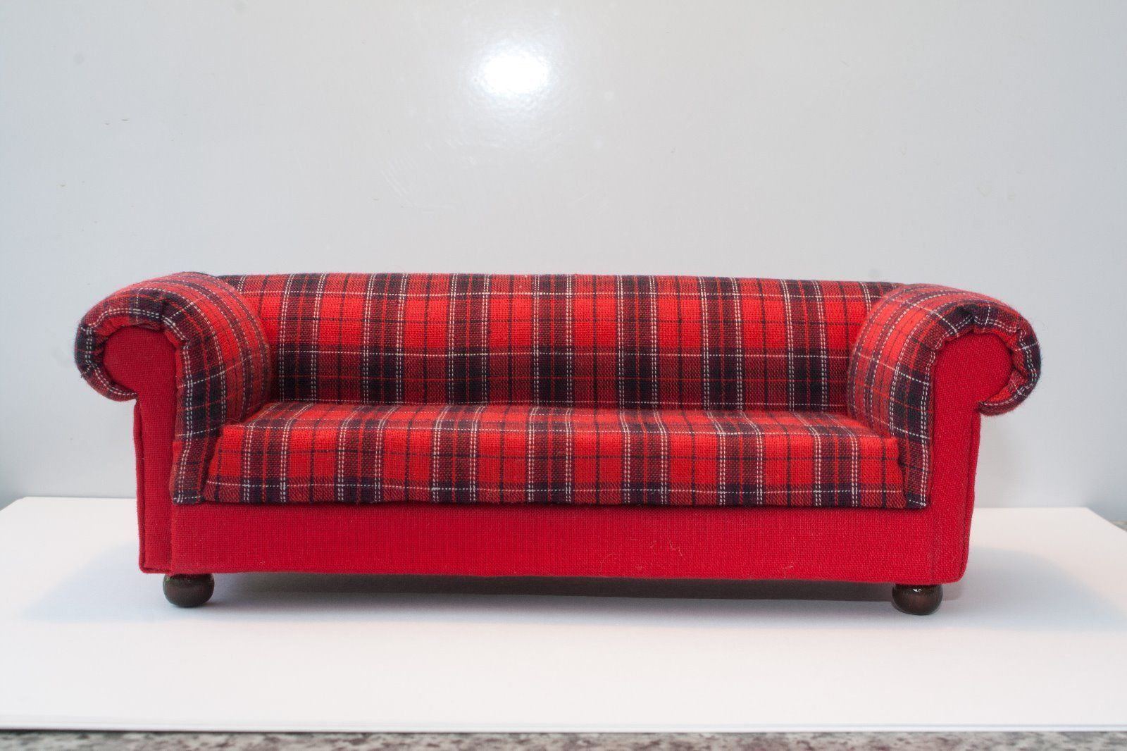 Red Chesterfield Sofa Ebay Red Tartan Chesterfield Style Dolls House Sofa 12th Scale