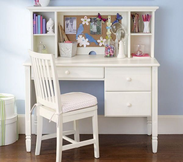 Girls Bedroom Ideas with Small White Study Desk and Chair