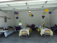 party in the garage | Garage party decorations. An option ...