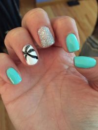 Palm tree nail design More