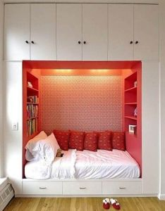 Designs boys bedroom design idea with ivory jewelry armoires oak upholstered daybeds multiple colors dorm rattan bunk beds crowned top distressed modern also ideas creativas para habitaciones pequenas  pinteres rh pinterest