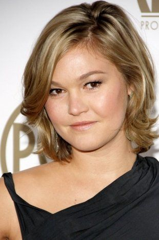 21 Short Hairstyles For Round Faces Double Chin Slimmer And Make
