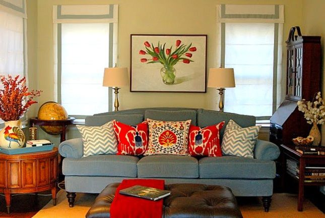 Best 25 Couch pillow arrangement ideas on Pinterest  Accent pillows Couch bed for sale and