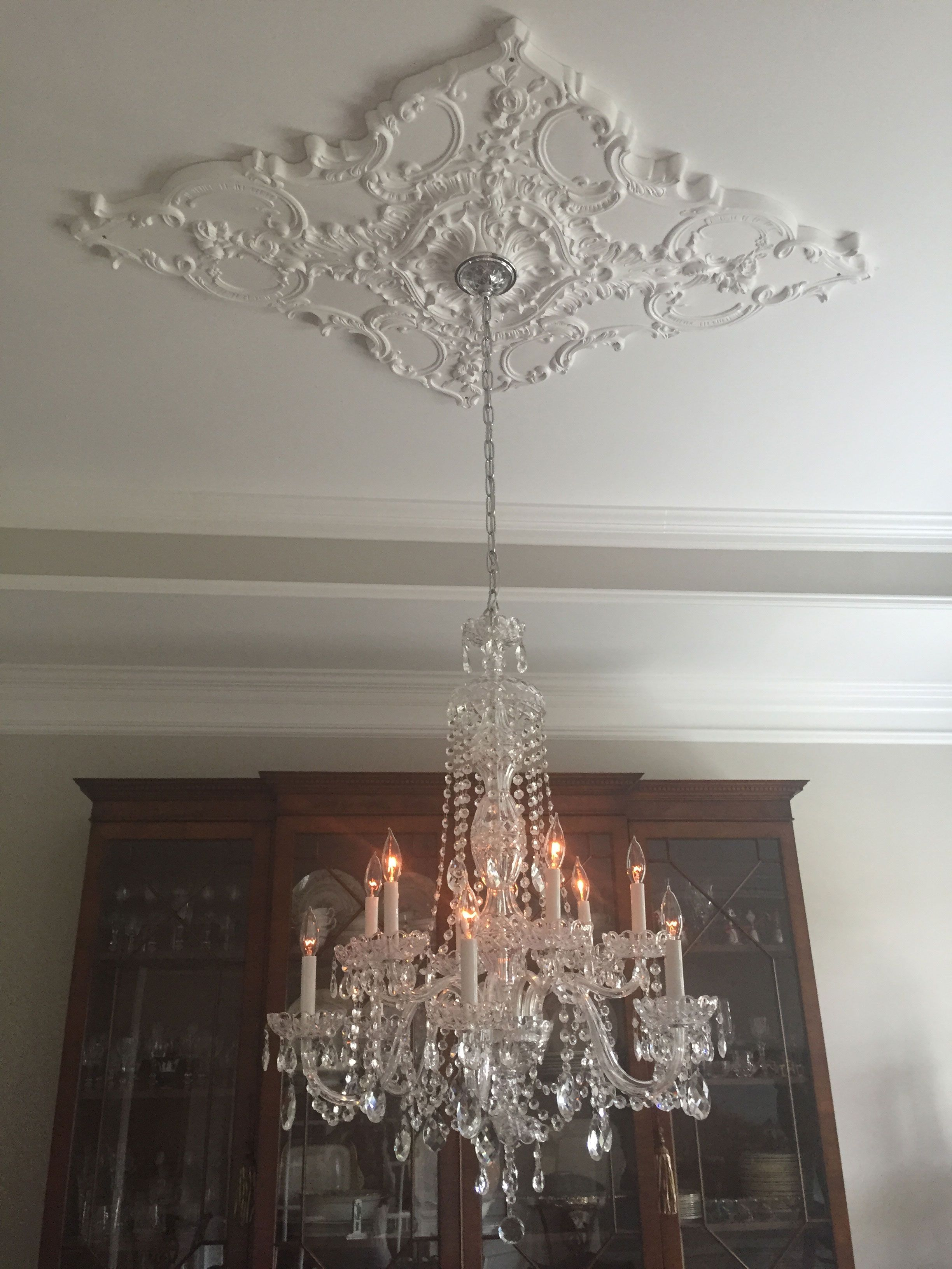 Diamond Ceiling Medallion