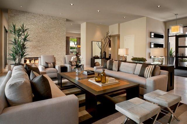 modernes wohnzimmer taupe braun kombination natursteinwand