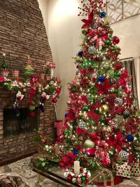 My red, green, gold, black and white 12ft / 14ft Christmas ...