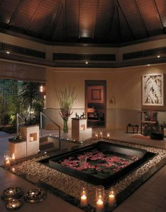 Awesome valentine   day bathroom decor ideas wonderful valentines decorating with red flower on black bathtub and some chandles inside also pin by kelly koenig houses pinterest rh