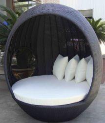 Wicker Pod Chair Outdoor