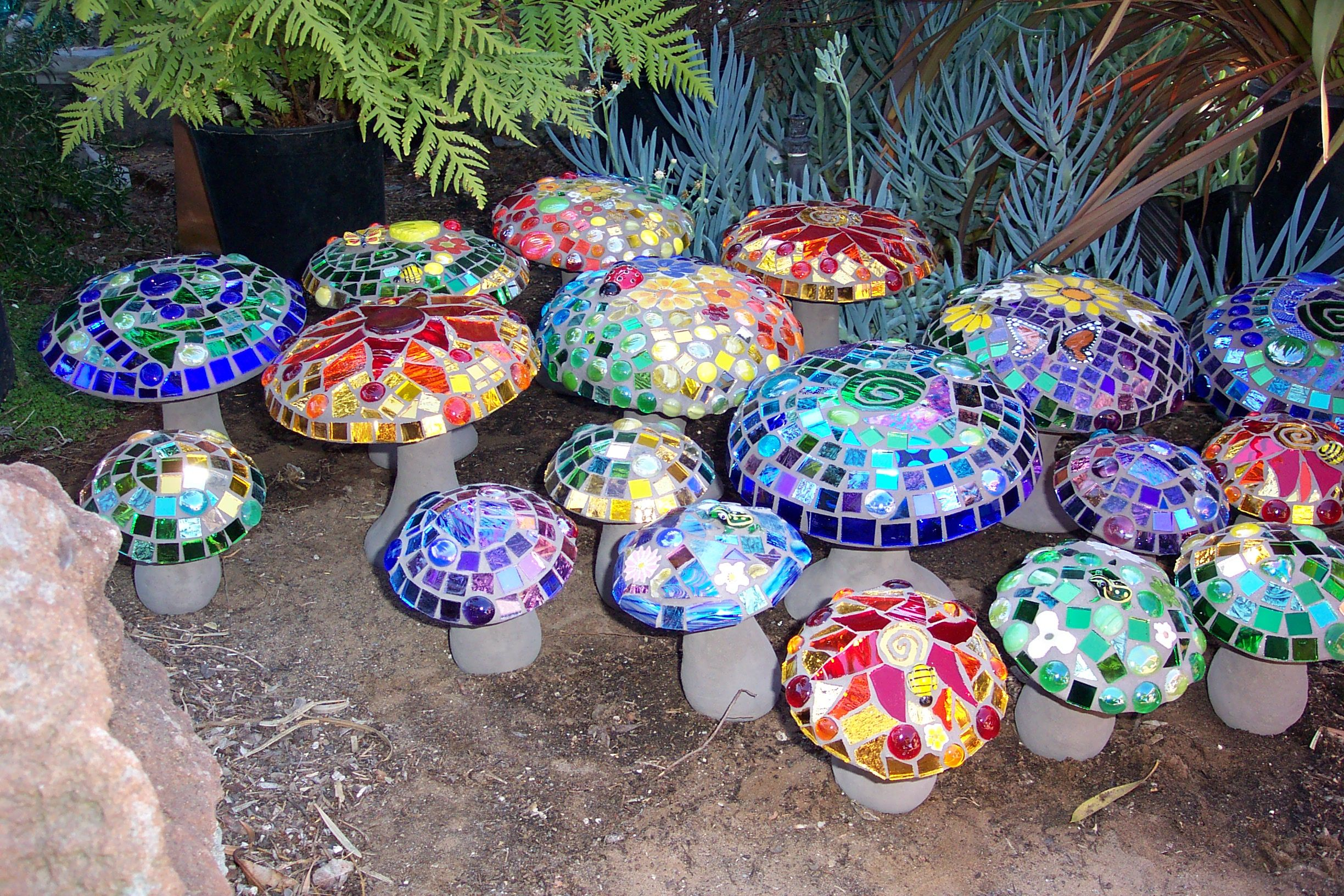 Stained Glass For Garden Decoration Mosaic Art Crafts And Mosaic