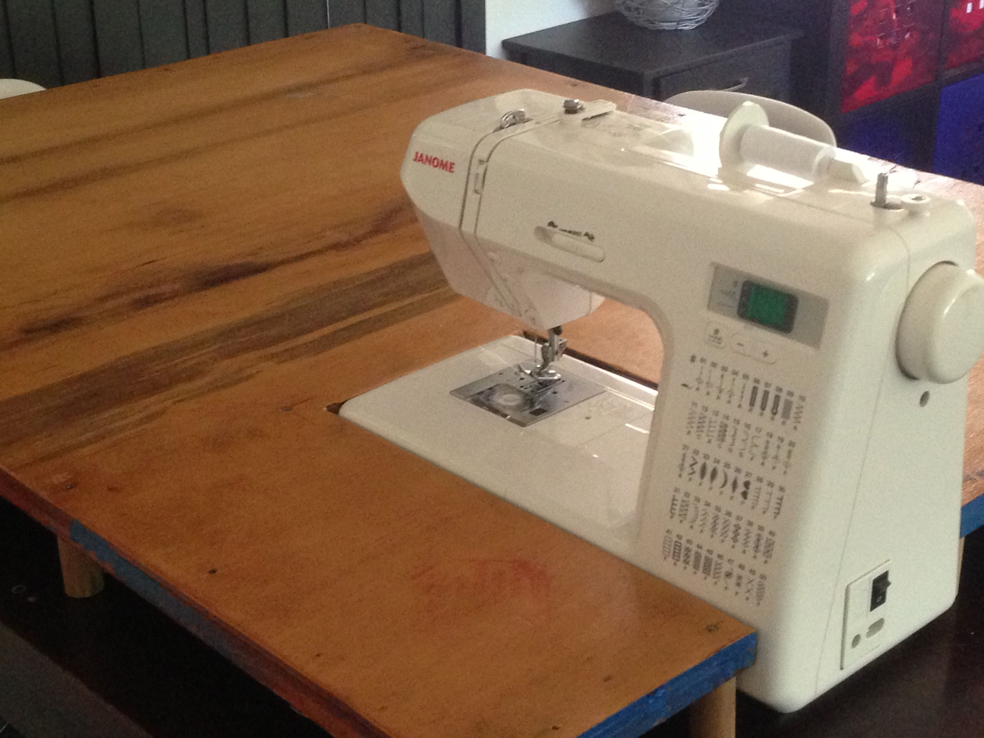 sewing machine extension tablethis is so awesome