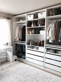 Crystalin Marie's walk in closet - I love how organised ...