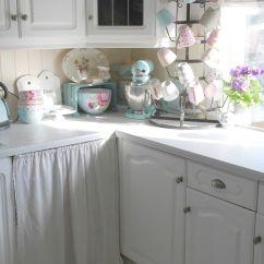 Shabby Chic Kitchen Decor Plywood Cabinets Toves Sammensurium Cozy Cottage In White