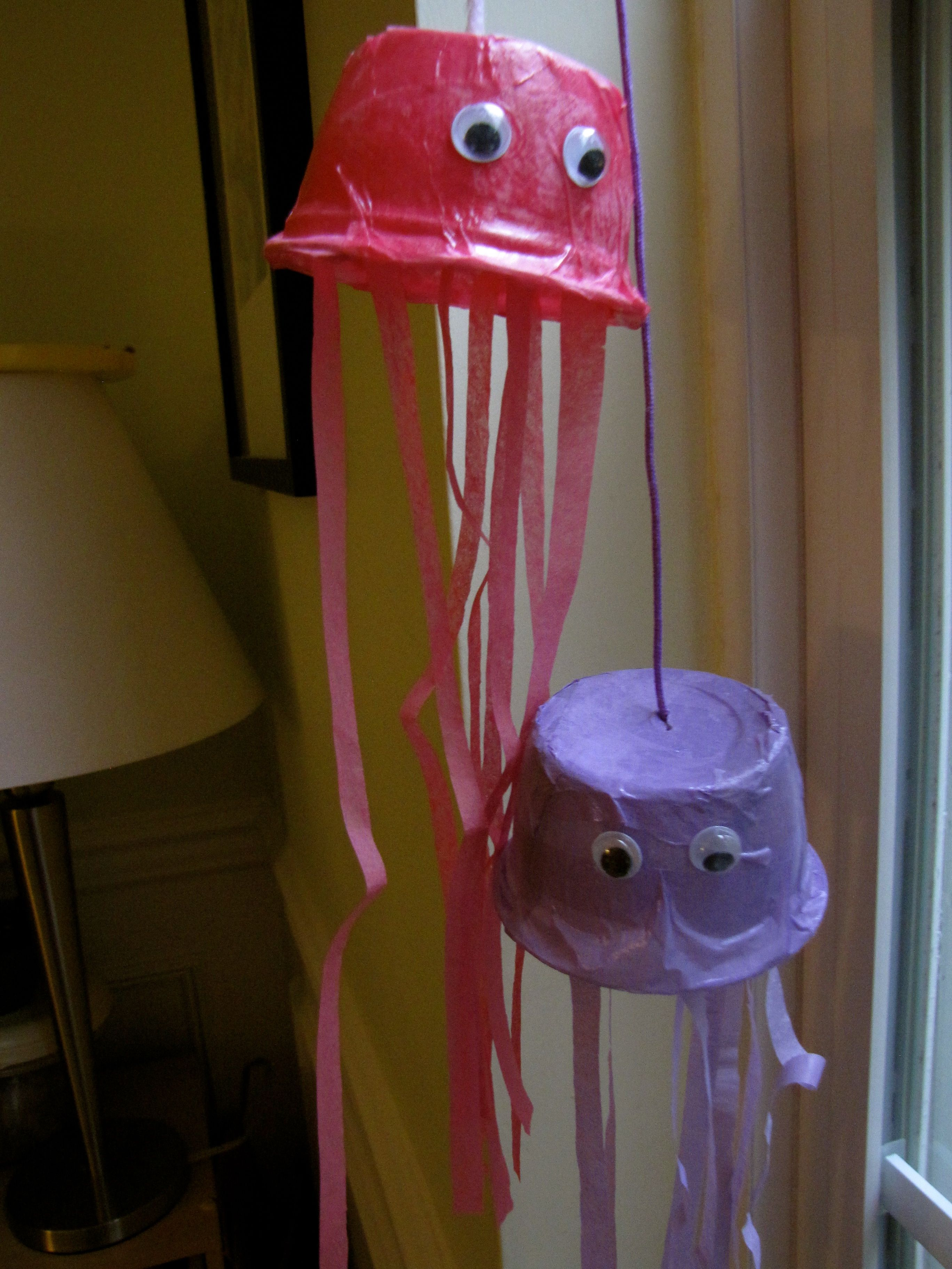 Snack Cup Jelly Fish Craft
