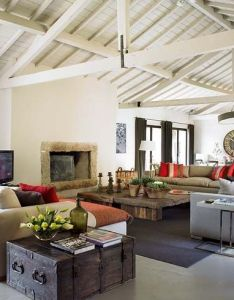 modern interior decorating ideas bringing vintage style with chests and trunks also casa tres chic de campo em portugal casas sencillas rh pinterest