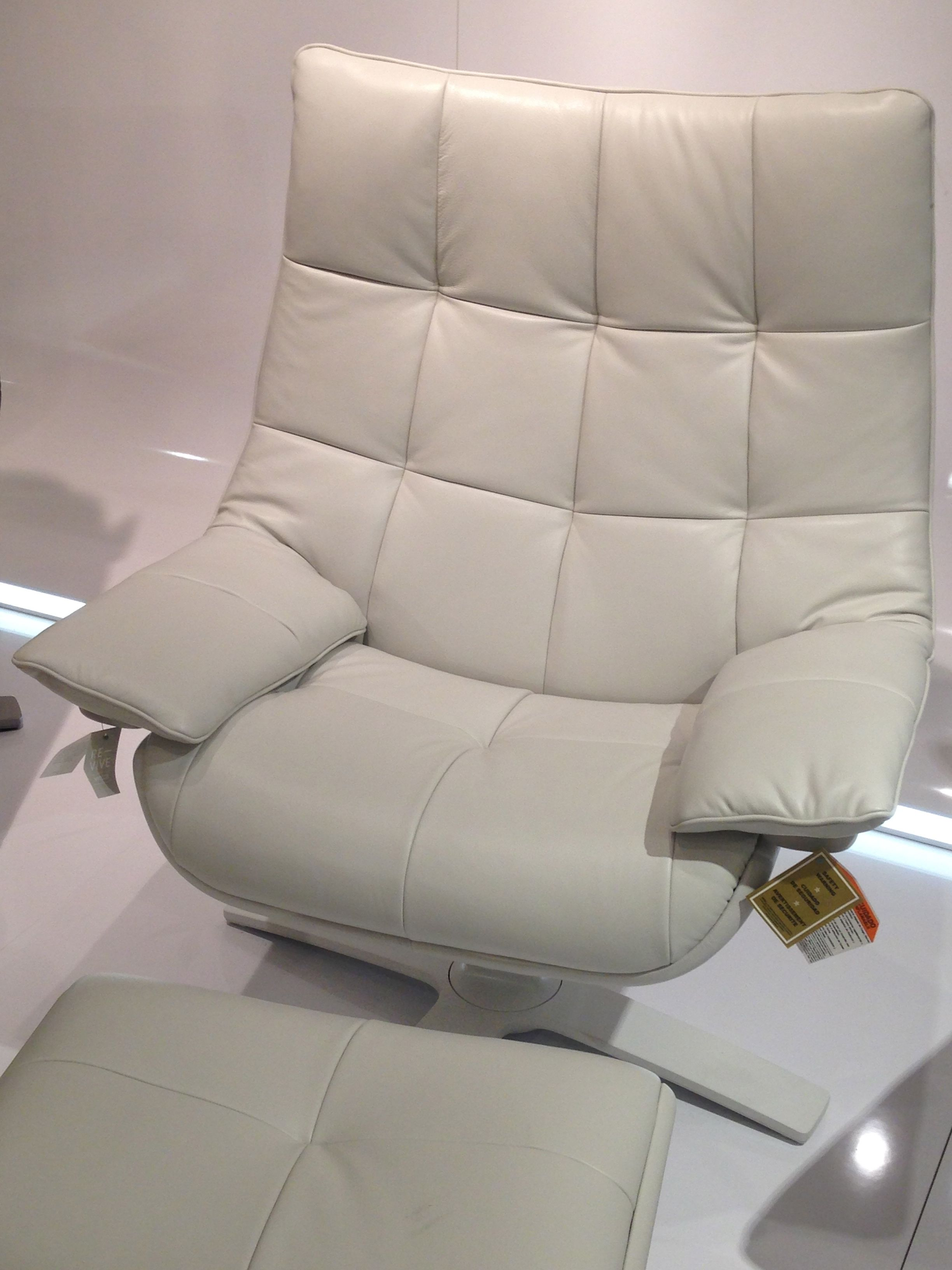 natuzzi revive chair wedding covers doncaster love doing nothing the re vive it moves as you