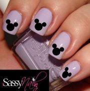 1x mickey & minnie disney nail