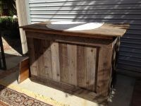 Rustic Bar Top Ideas | Rustic Bar Made from Reclaimed Wood ...