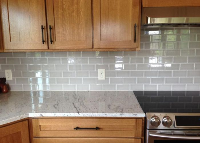 Photo img zps   river white granite allen  roth pearl backsplash also best images about mi cociba on pinterest