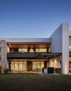 Pozas casa cordillera fachadasminimalistas modern house also fachadas minimalistas rh pinterest