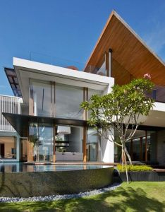 Robert greg shand architects design  spectacular contemporary home in singapore also rh pinterest