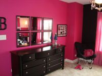Hot pink and black for Kylie's room. | Diy wall decor ...
