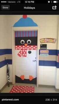 Christmas door decorating ideas: Penguin!