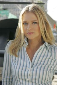 A.J. Cook.. | Serienhelden | Pinterest | Aj cook and ...