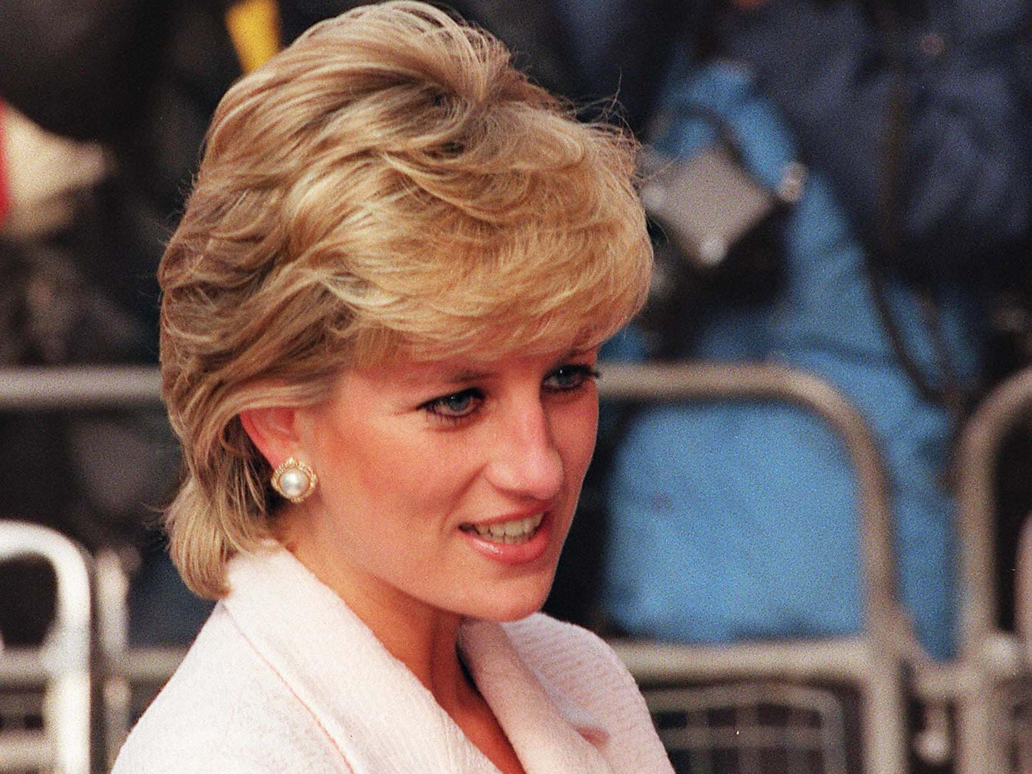 People have been trying to steal Princess Diana s body