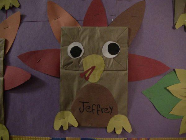 Preschool Thanksgiving Arts and Crafts