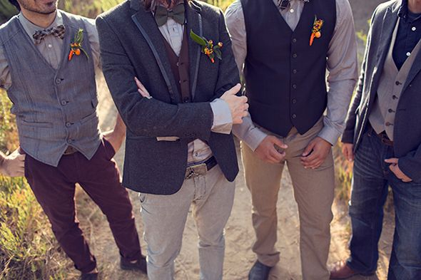 Grooms Casual Suit Ideas: Rustic Wedding Photo Shoot For