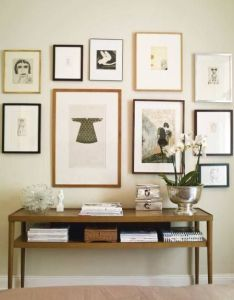 Pretty mixture of frame colors in this gallery wall  could use the mini also rh pinterest