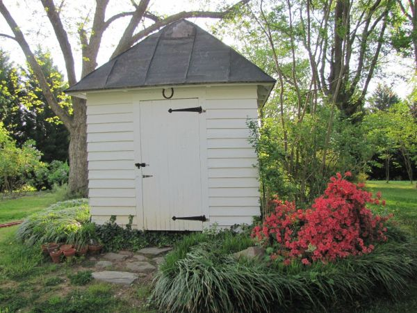 Well Pump House Shed