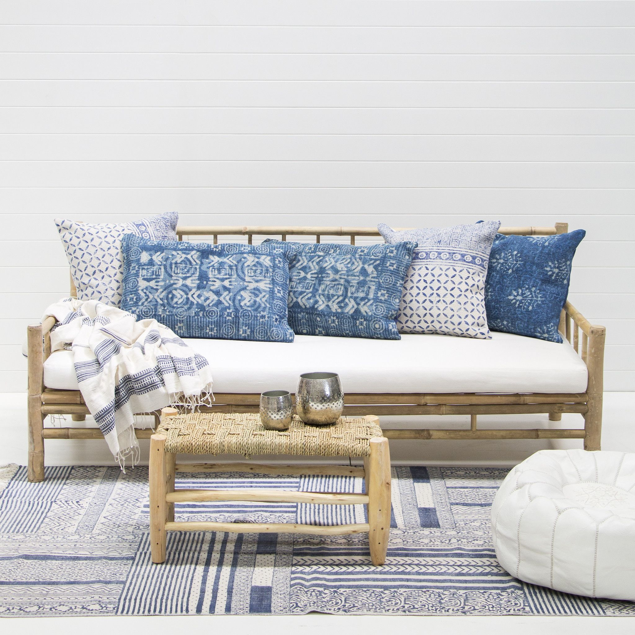 rattan love sofa daybed timber slat bed bamboo lounge sofás pinterest