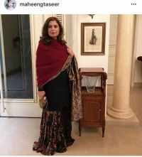 Two-way shawl by Maheen ghani taseer. Velvet and Jamavar ...