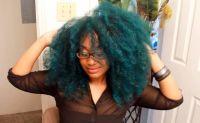 5 Natural YouTubers Who Rock Vivid Color | Teal hair ...