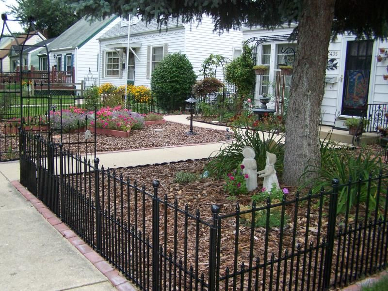 Wrought Iron Fence In Front Yard Lowes Has This Option In No Dig