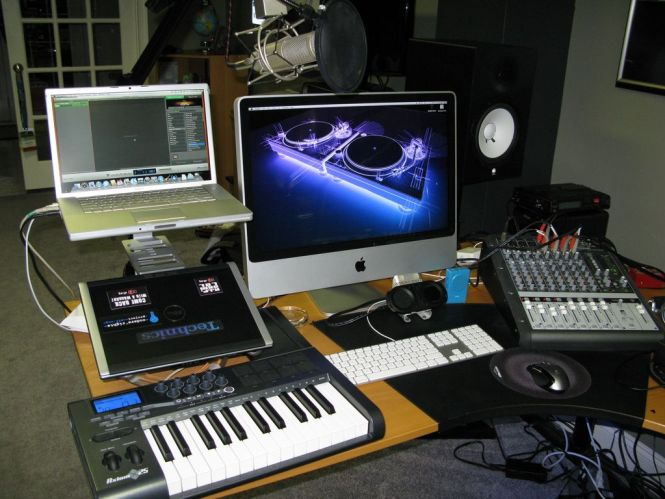 1000 Images About Studio On Pinterest Music Rooms Home. Bedroom Music Studio Equipment   Bedroom Style Ideas