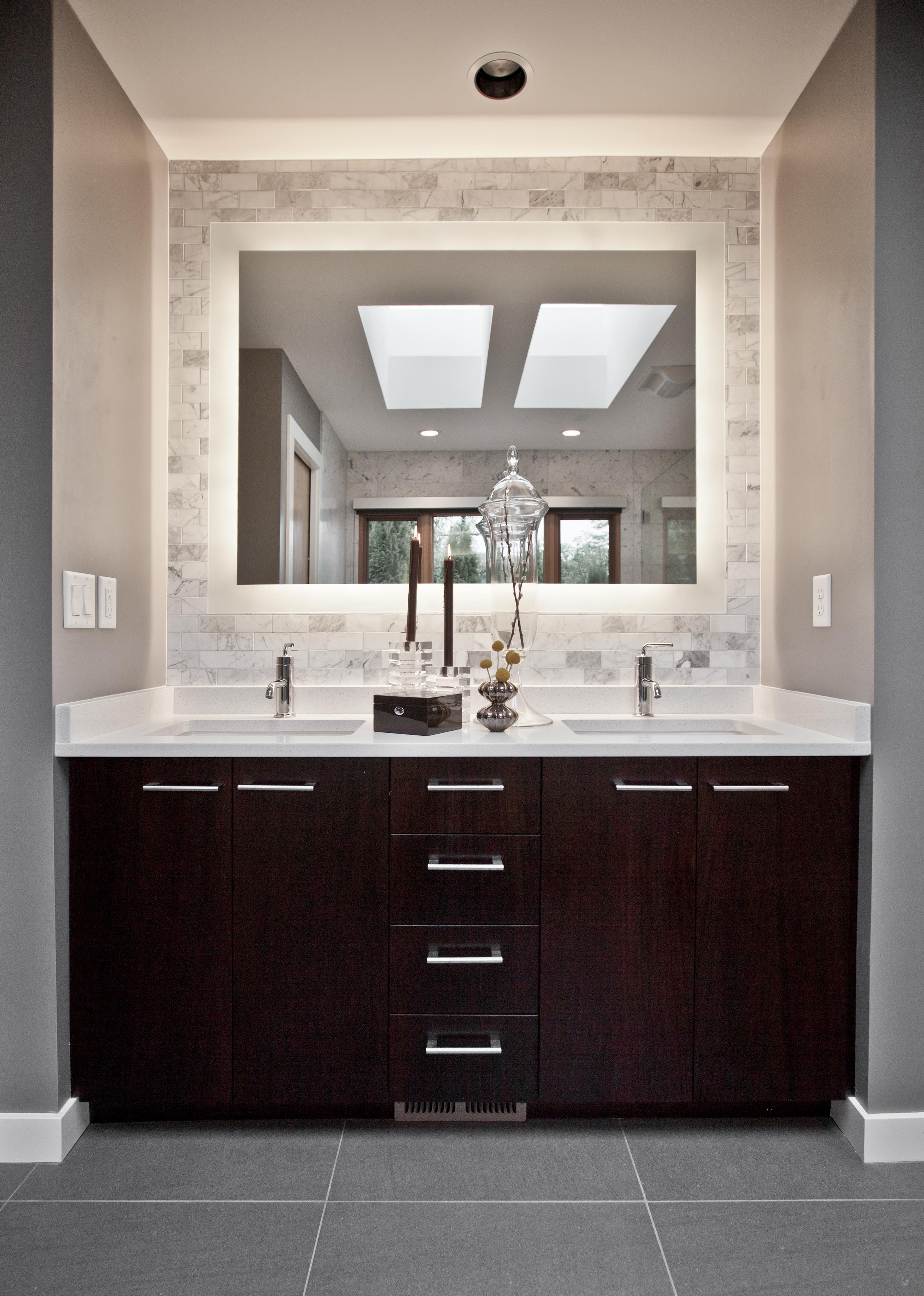 Best 25 Backlit mirror ideas on Pinterest  Mirror with