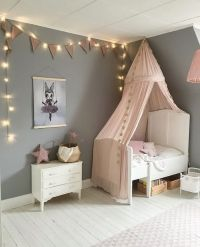 A pretty little girl's room by @sarahelenvictoria