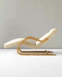 ALVAR AALTO Cantilevered chaise longue, model no. 43