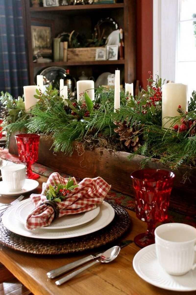 Deco Table Noel Rouge Et Blanc Idees Qui Unifient Le Moderne Traditionnel  Also Rh Uk Pinterest