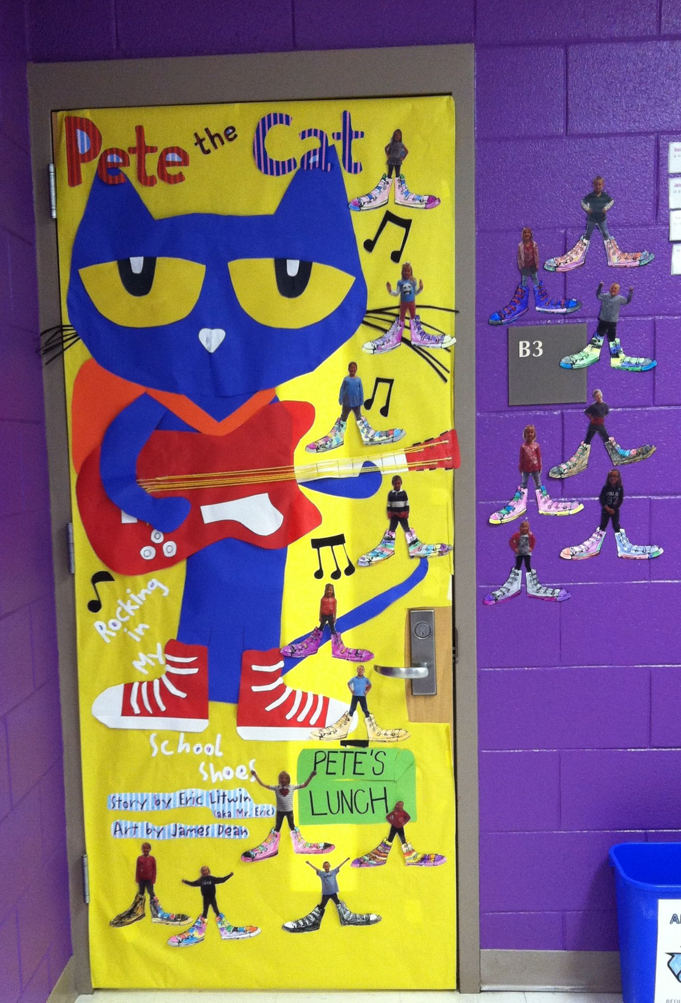 Pete The Cat Door Love The Pictures Of The Kids With Big