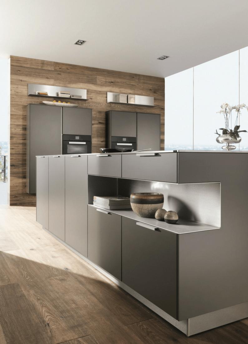 Hochglanz oder matt - Welche Küchenfronten sind pflegeleichter Offene wohnküche, Graue küchen